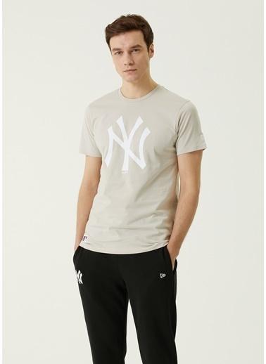New Era New Era New York Yankees  T-shirt 101648229 Bej